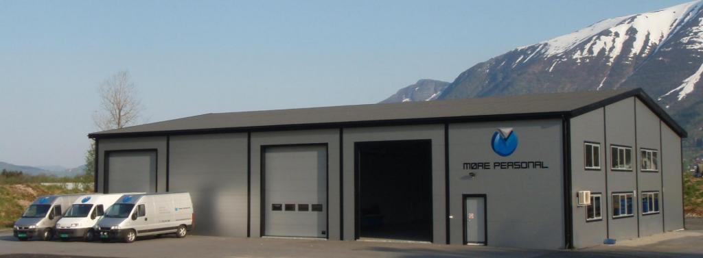 Møre Personal AS har lokaler med kontor og lagerplass i Mosflatevegen 2 i Ørsta kommune